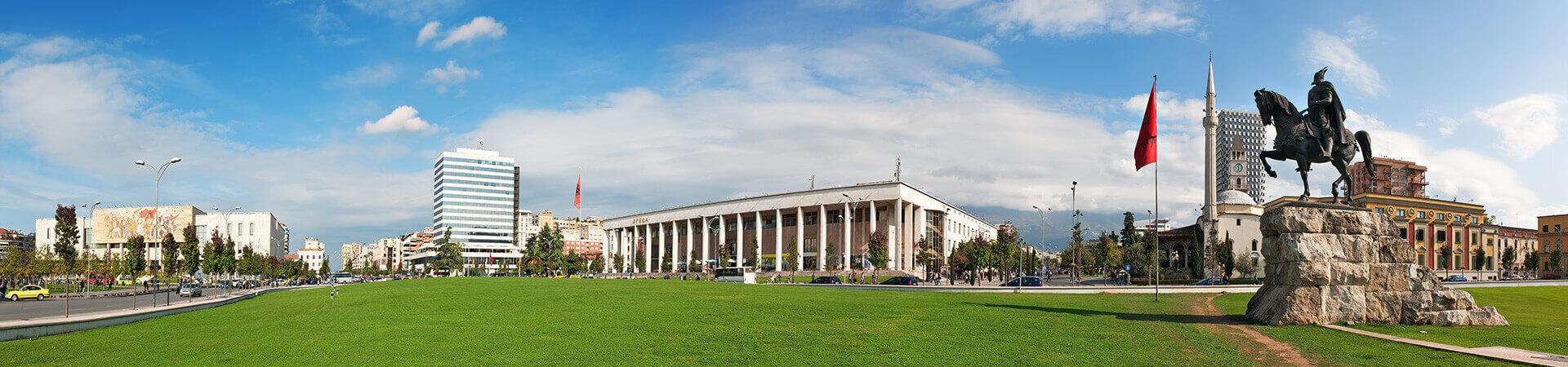 Skanderbeg-Platz in der Hauptstadt von Albanien Tirana
